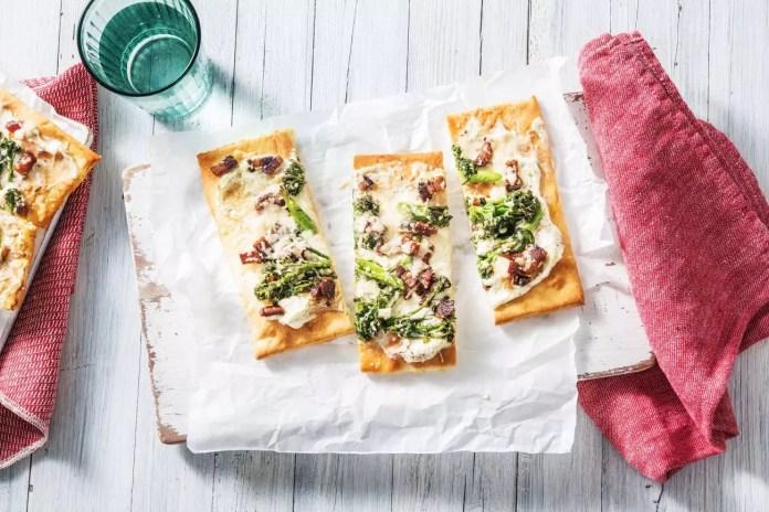 Бяла пица с бекон