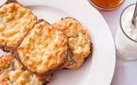 Запечени сандвичи с яйце и сирене