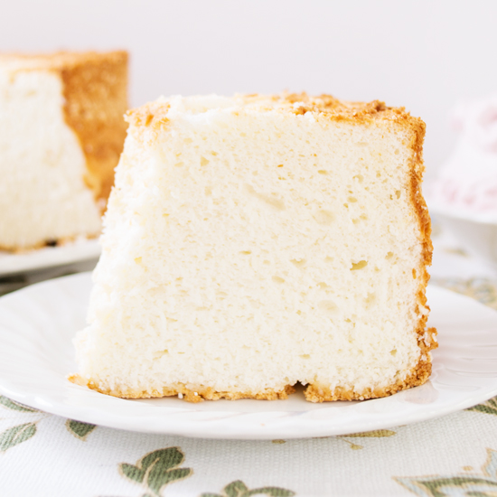 Angel food cake san pasquals kitchen what makes this cake even better for me is that it makes use of my need not to waste anything whenever a recipe calls for an egg yolk i freeze the egg forumfinder Images