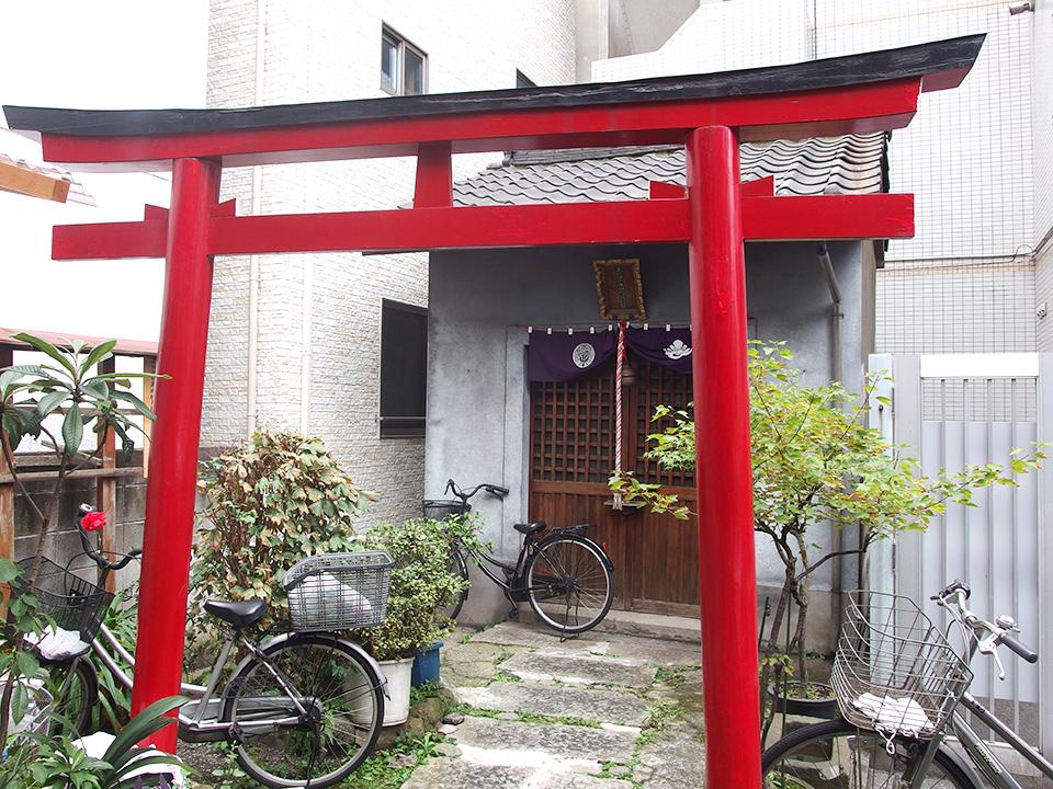 小丸山稲荷神社