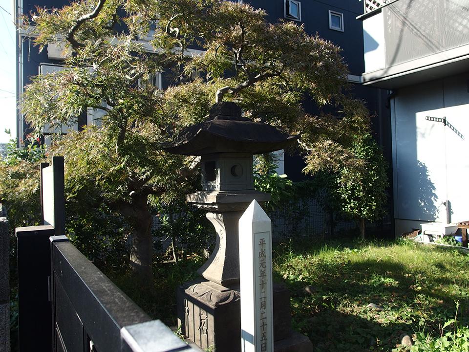 荏田宿常夜燈