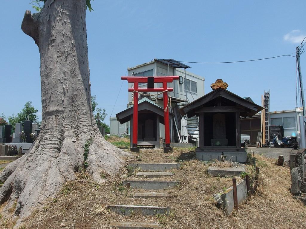 稲荷大明神(浜市都筑区川和町)