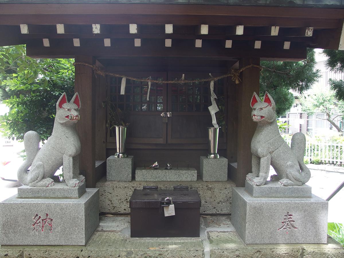 稲荷神社(横浜市港北区新吉田町)写真