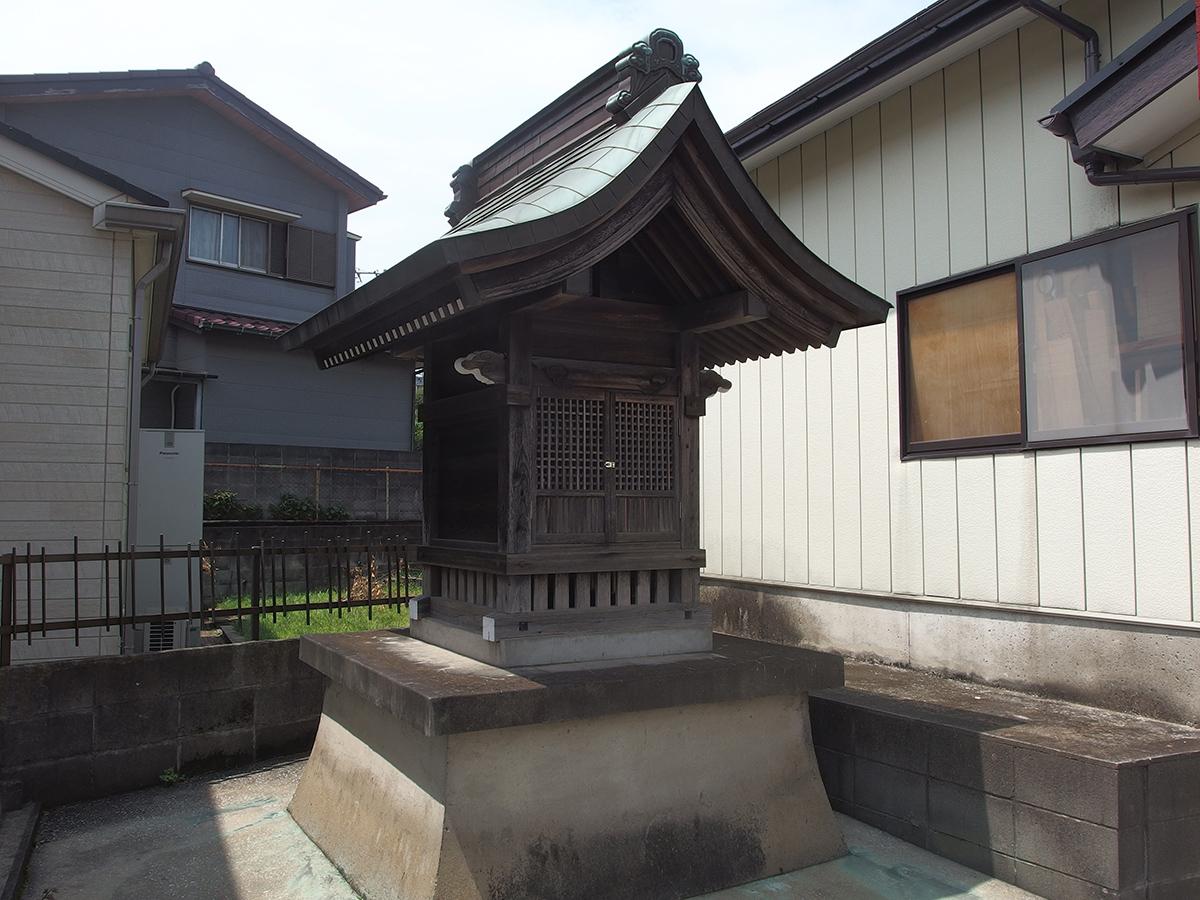 稲荷社(横浜市保土ケ谷区上菅田町838)写真