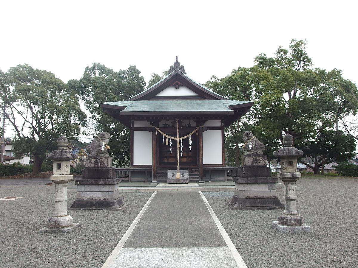 上恩田杉山神社写真