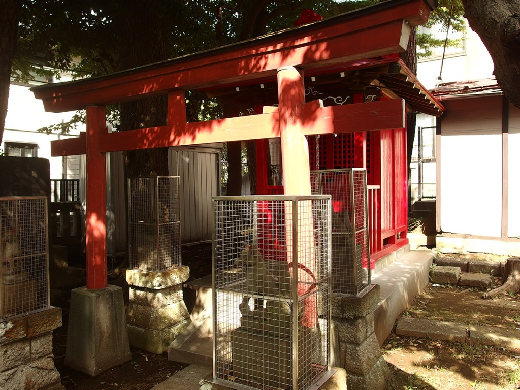 用賀本村稲荷神社(世田谷区上用賀)