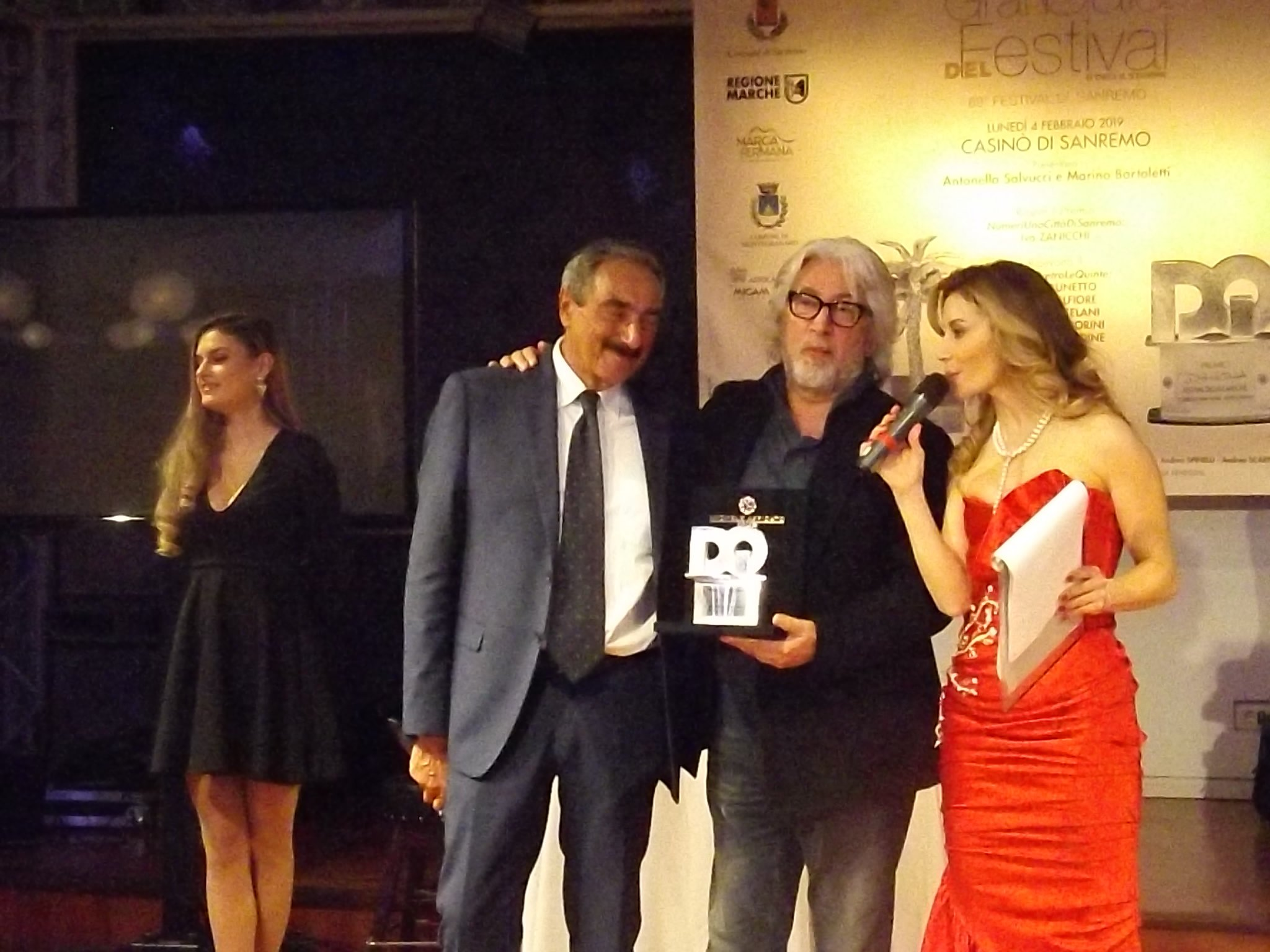 Partecipando alla 2a edizione di SanremoCantaNapoli potete vincere una borsa di studio di  € 1.000. Leggi altre novità nell'articolo