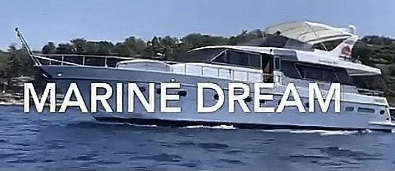L'elegante yacht Marine Dream sul porto di Ischia ospiterá l'equipe di SanremoCantaNapoli