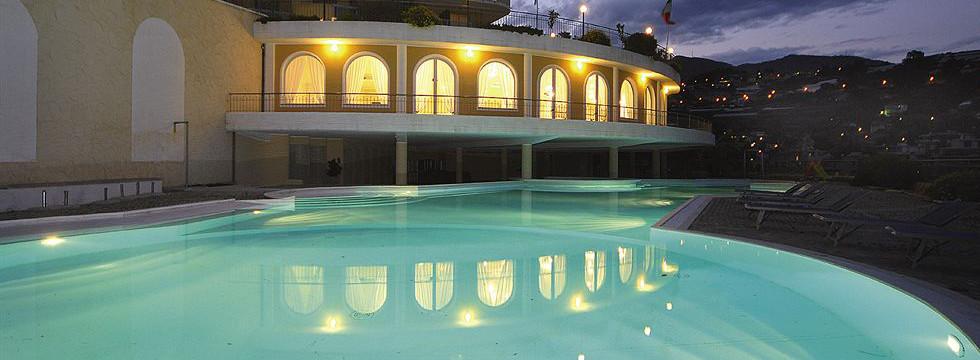 Hotel a Sanremo con area giochi per bambini SAN REMO HOTELS  ALBERGHI SANREMO ITALY