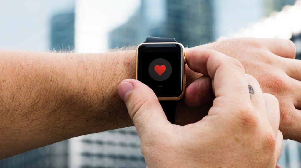 Objets connectés, confort des patients ou révolution ? Des pistes de réflexion sur Sansible. #sante #objetconnecte #iot #montreconnectee #innovation #futur