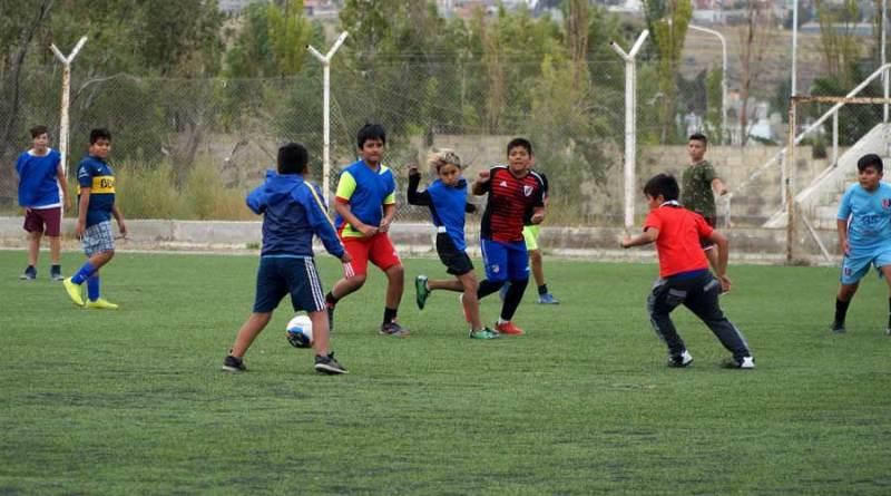 El fútbol de los Barrios volvió con todos los protocolos sanitarios