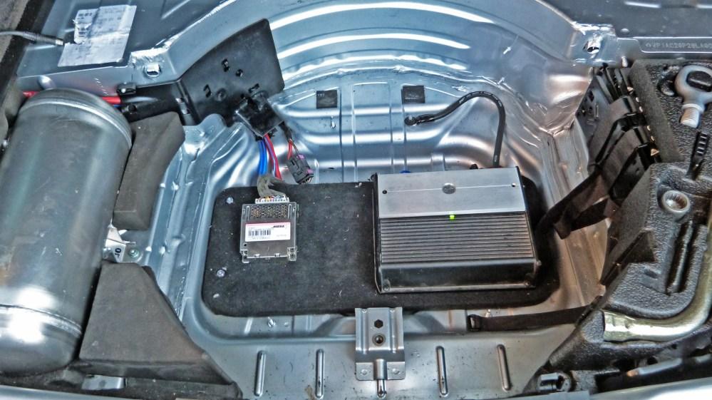 medium resolution of porsche cayenne subwoofer amplifier system