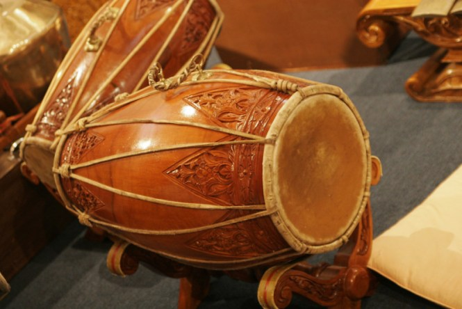 alat musik ritmis kendang