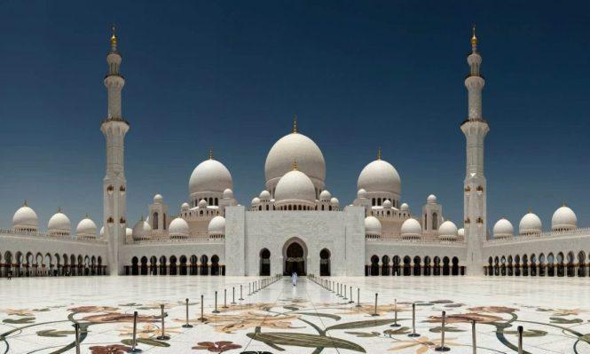 gambar Masjid Sheikh Zayed