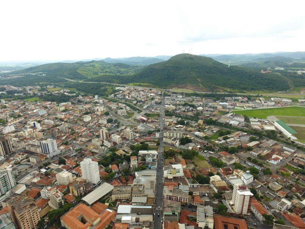 Itaúna Minas Gerais fonte: i0.wp.com