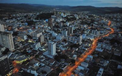 Macrorregião de Itaúna permanece na onda vermelha