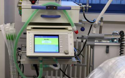 Indústrias farão manutenção de ventiladores pulmonares