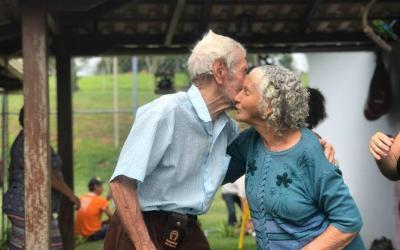 Casal morre de Covid-19 em Rio Manso às vésperas do aniversário de 71 anos de casamento