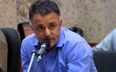 Justiça suspende processo de cassação de vereador por suspeita de 'rachadinha'