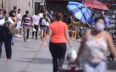 Câmara aprova distribuição de absorventes para mulheres em Pará de Minas