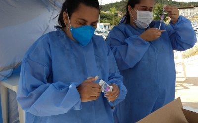 Vacinação: Itaúna anuncia cadastro para profissionais da saúde