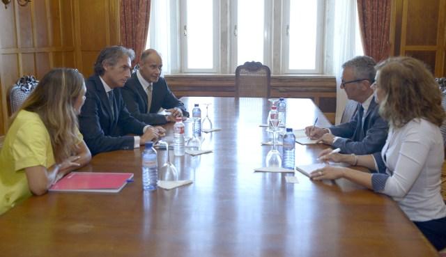 Santander y Bruselas analizarán vías de colaboración en innovación tecnológica