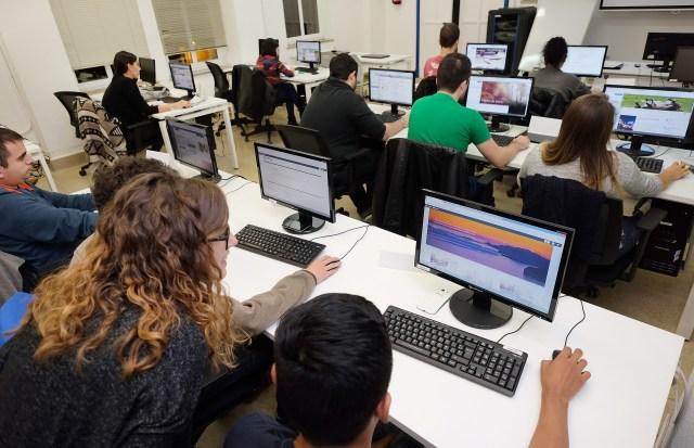 Una treintena de jóvenes comienzan a formarse en los primeros cursos del programa de empleo juvenil