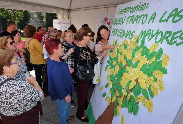 Santander elaborará un decálogo del buen trato a las personas mayores