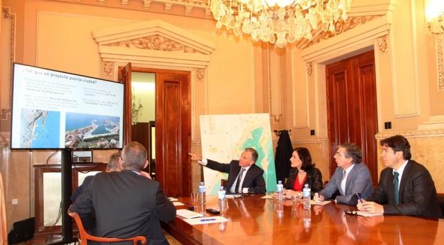 Santander y Málaga ponen en común el desarrollo de la integración de los espacios portuarios