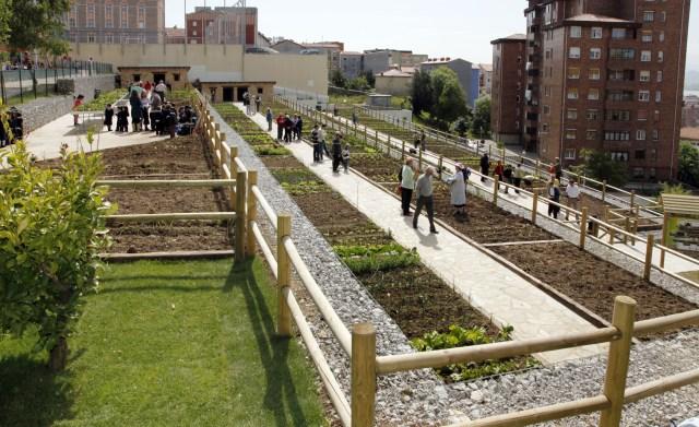 Más de 500 vecinos visitaron la Red de Huertos Sociales de Santander en el primer trimestre del año
