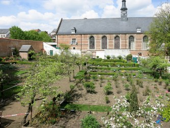 Laurent Chevallier medicaments plantes enfants 1