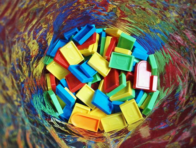 """Chronique """"la grande invasion"""" - jouets en plastique"""