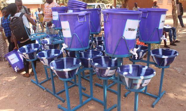 Lavage des mains: En faire une habitude chez les mères et dans les centres de santé