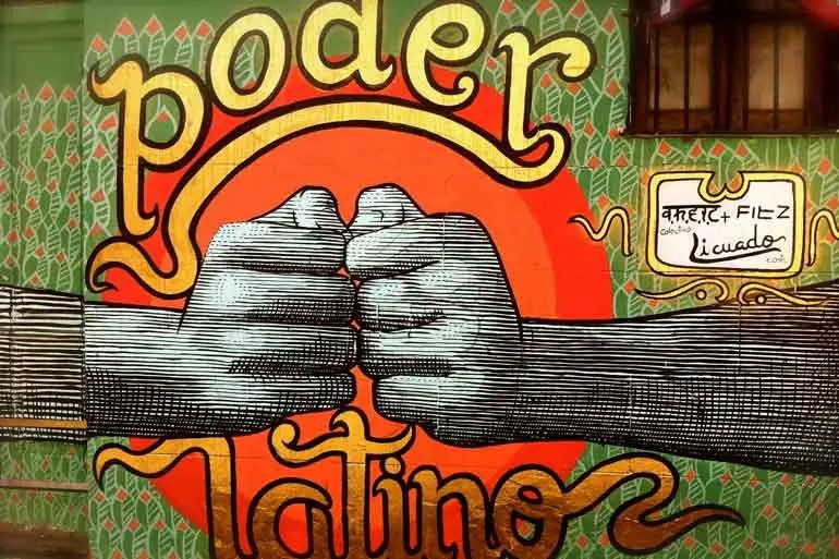 Poder Latino Graffiti