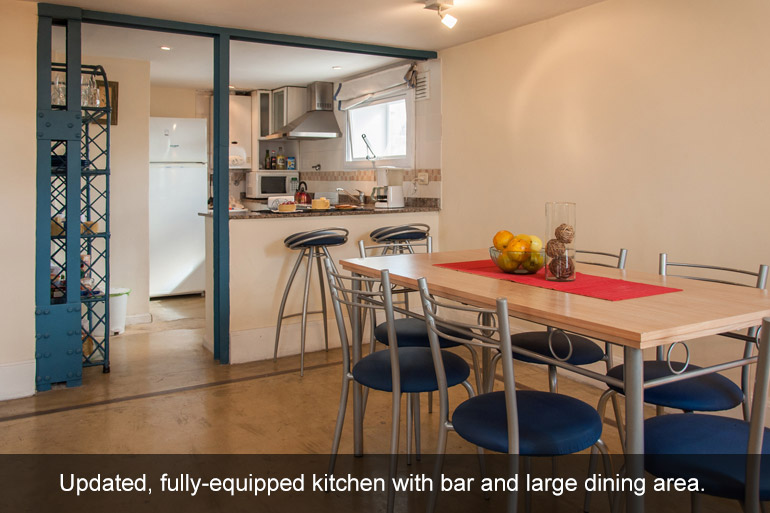 Two-bedroom apartment steps away from Plaza Dorrego. San Telmo Loft Vacation Rentals in Buenos Aires.