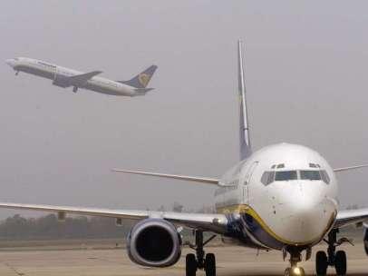 El viento provocó el desvío a Oporto del vuelo de la low cost Ryanair entre Frankfurt Hahn y Santiago