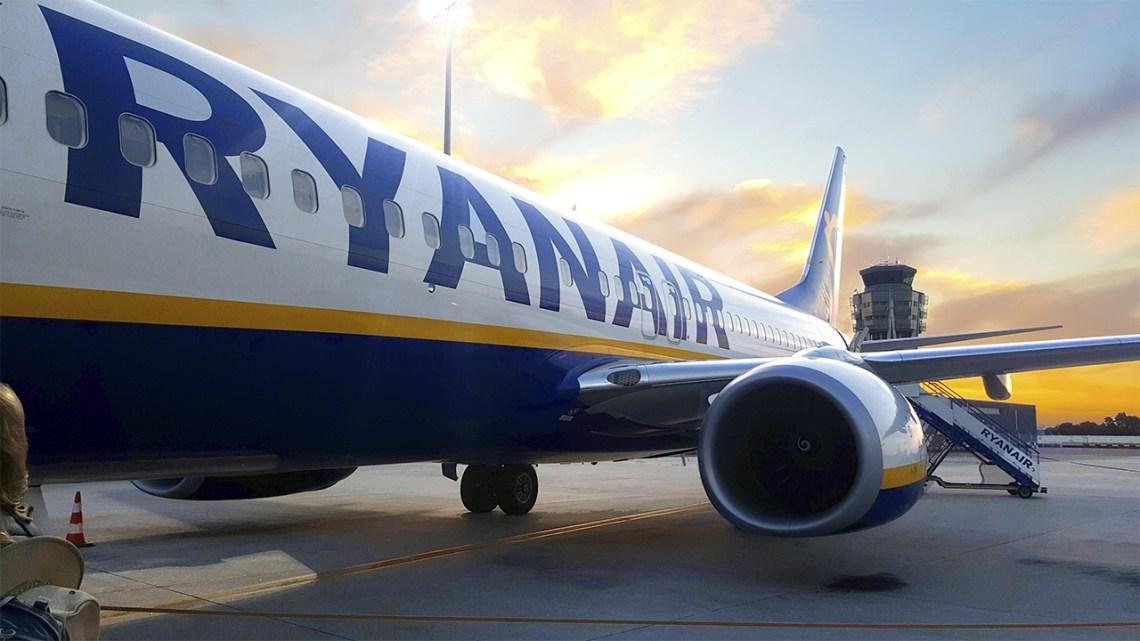 Ryanair estrena su nueva ruta entre Santiago y Malta