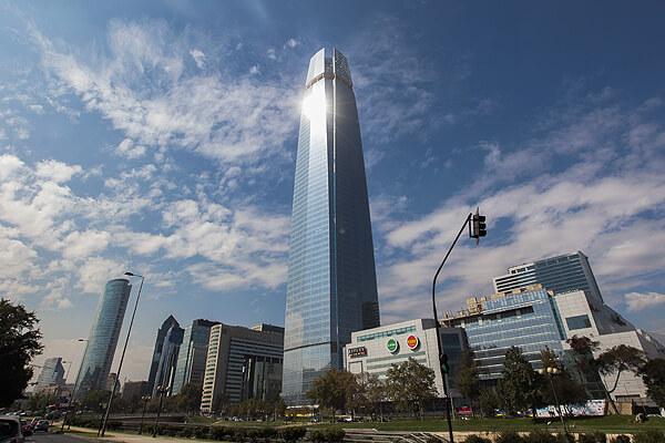 Resultado de imagem para gran torre santiago