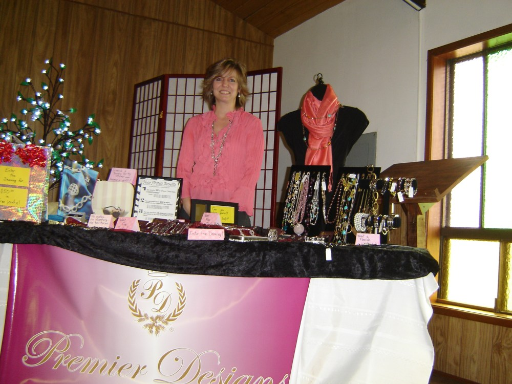 Crafters Market & Home-Based Business Expo (1/6)