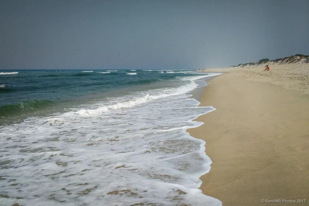 La mujer que fotografiaba las olas