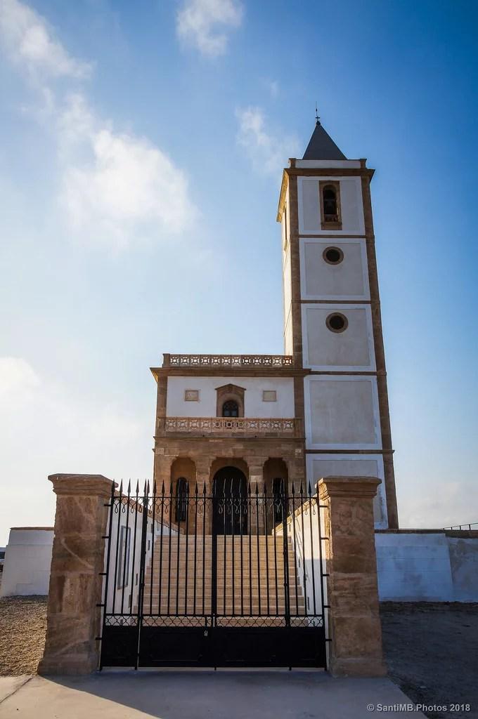 La iglesia de Cabo de Gata