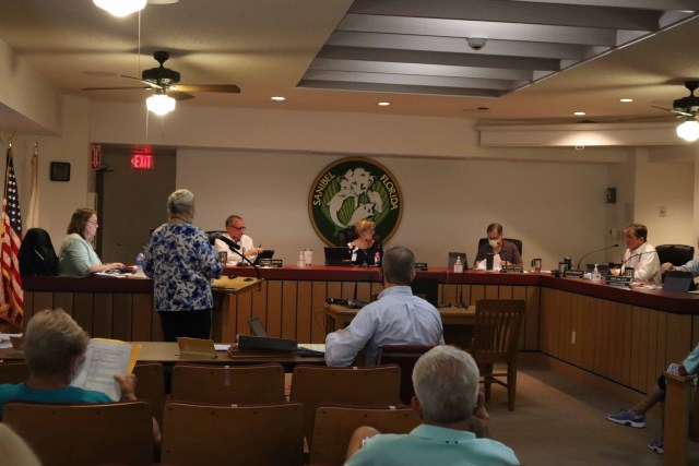 Sanibel City Council Looks for New City Manager