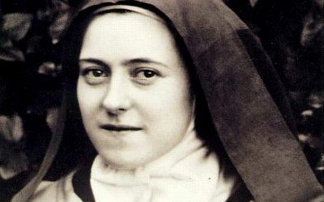 Orações a Santa Teresinha: Um buquê espiritual perfumado