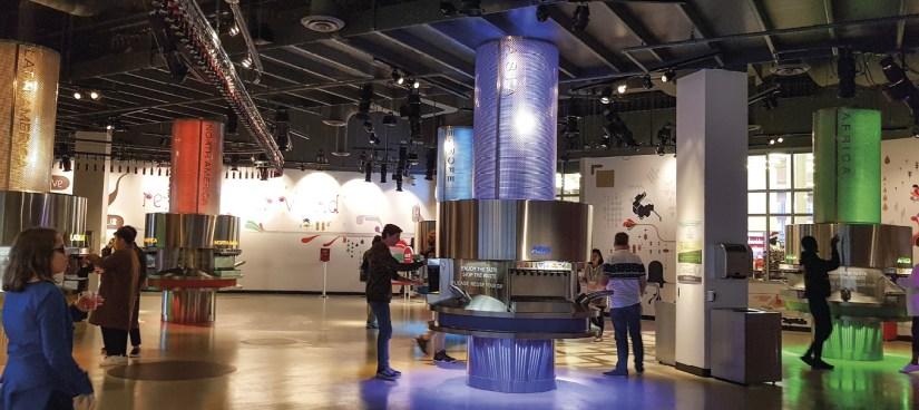 Os cinco continentes, Museu da Coca-Cola, Atlanta, Estados Unidos da América, foto de Xavier Merayo.