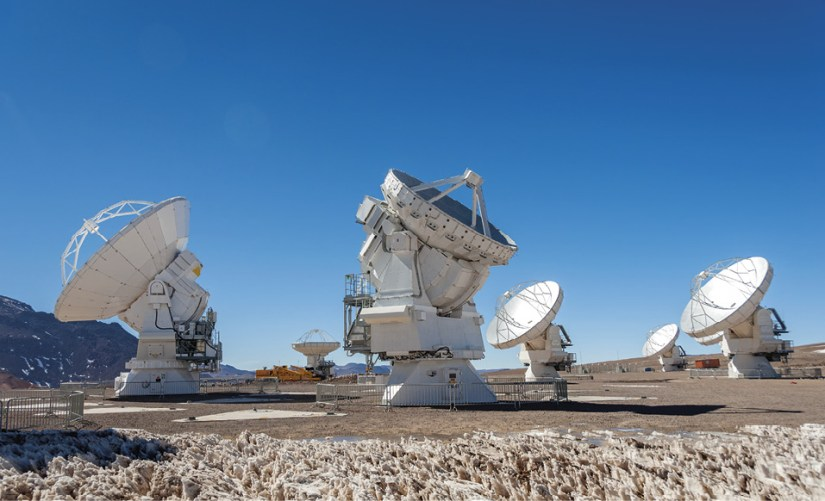 Observatório astronómico ALMA, no Chile, em cooperação com a Europa, América do Norte e Japão.