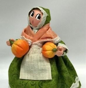 Femme Citrouille santons de provence