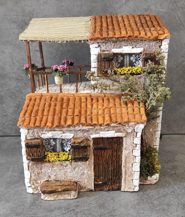 Maison avec terrasse marron santons de provence