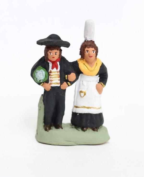 Couple de bretons santons de provence
