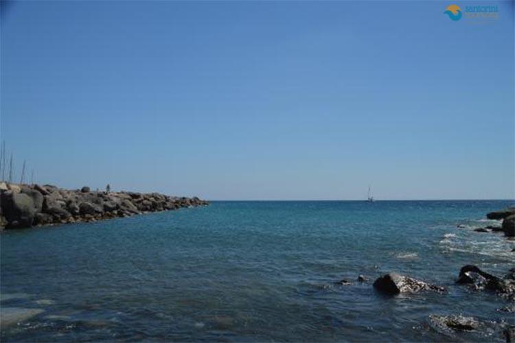 vlychada-beach
