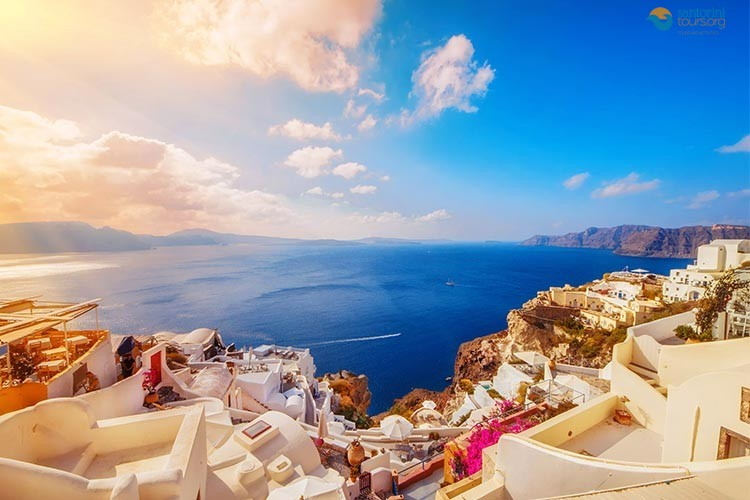 GREEK ISLAND HOPPING HOW TO COMBINE IT WITH SANTORINI TOURS